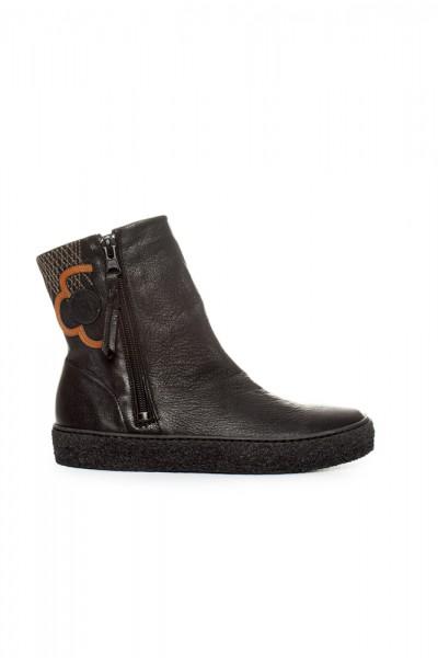 Boots Leonor