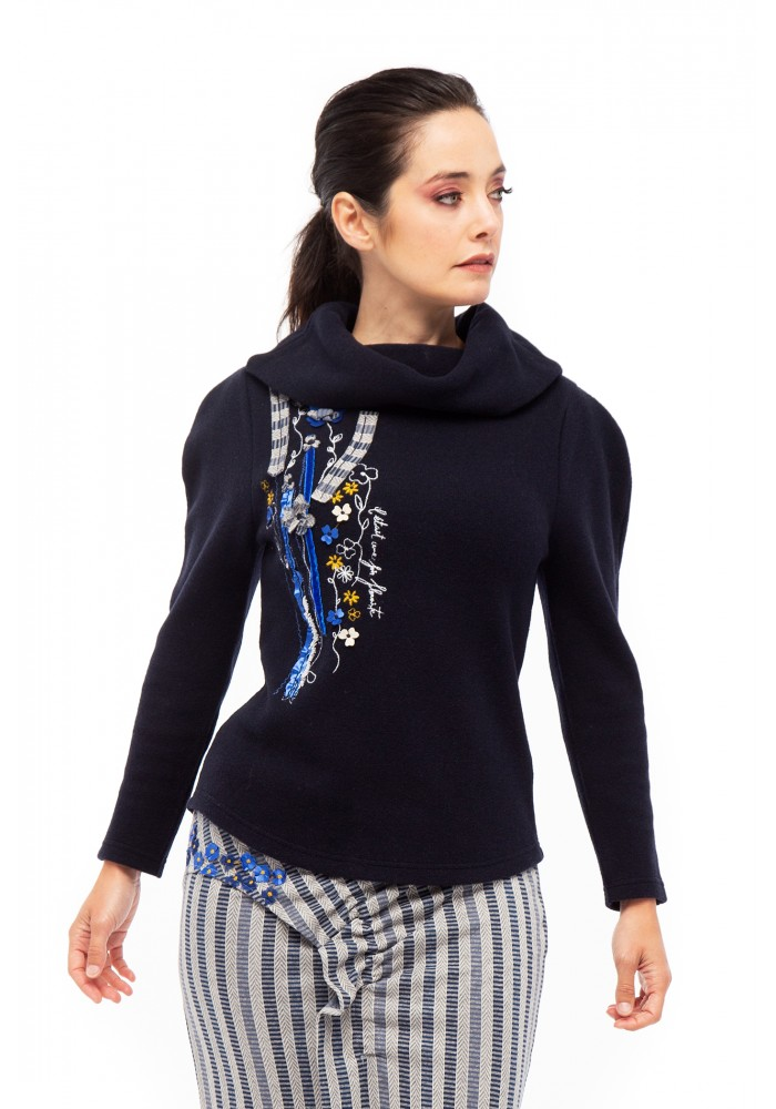 Amor-perfeito sweater